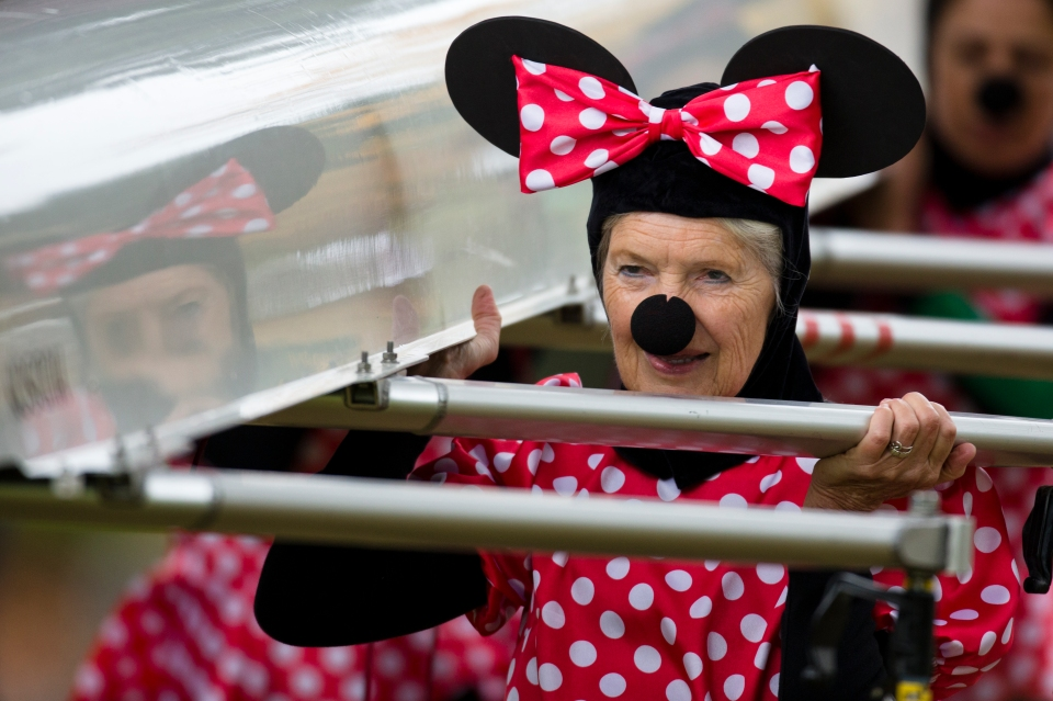 This Victoria Rowing Club Quad dressed up as Minnie Mouse for their race.
