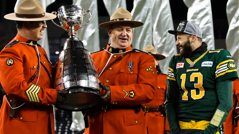0023 Grey Cup 2015 Winnipeg Edmonton Eskimos Ottawa RedBlacks Kevin Light Photo