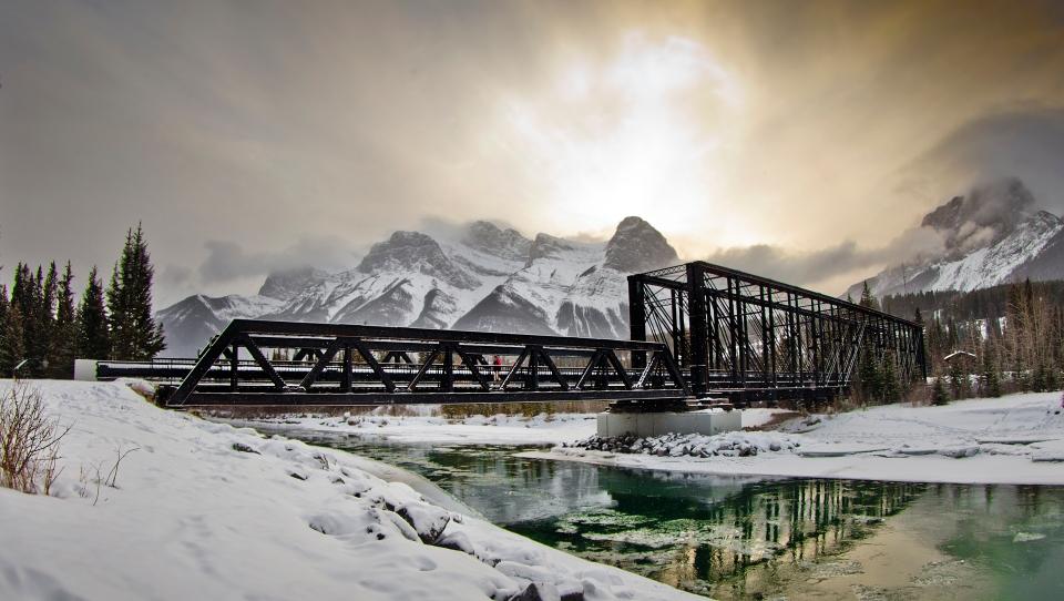 Canmore walk Engine Bridge December 28, 2015 ©KevinLightPhoto _31Q9810
