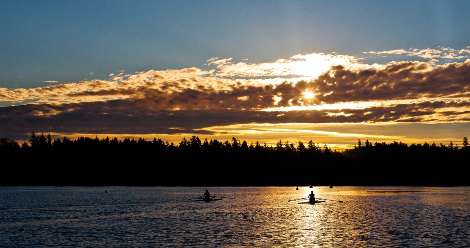 Rowing rower lake fog sunrise Photo © Kevin Light 0013