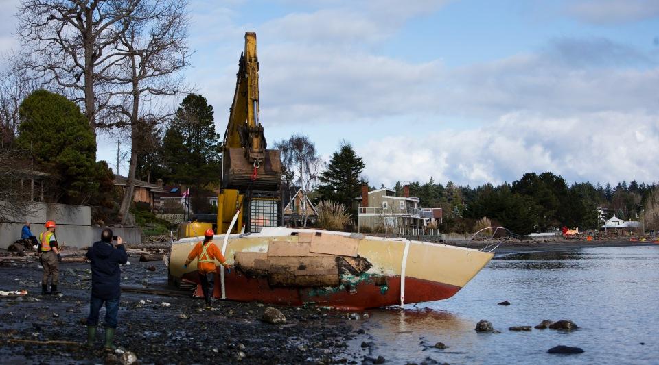 6 Cadboro Bay Saanich Boat Demo Feb 16, 2015 ©KevinLightPhoto_31Q2469