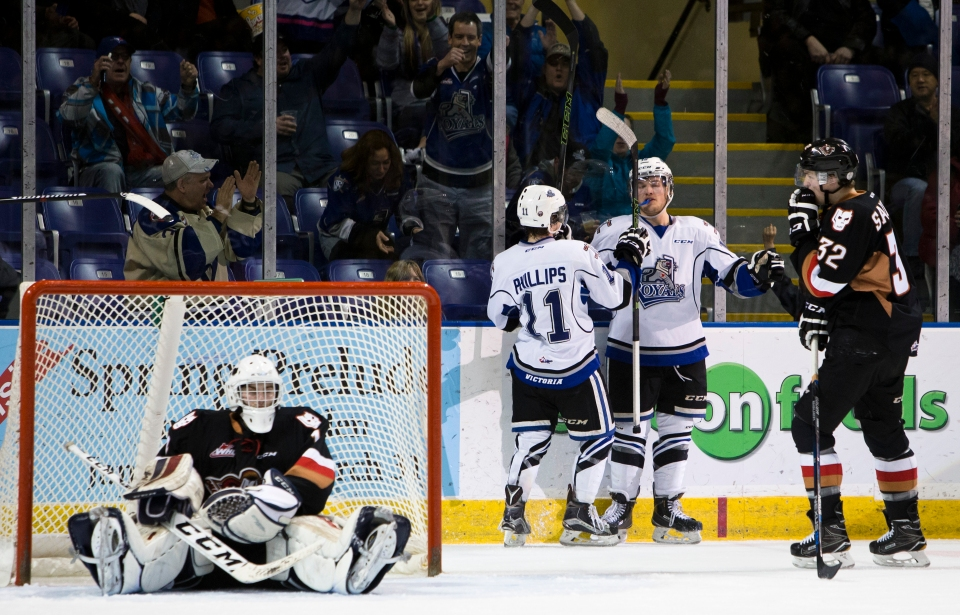 Victoria Royals beat the Calgary Hitmen 5-1