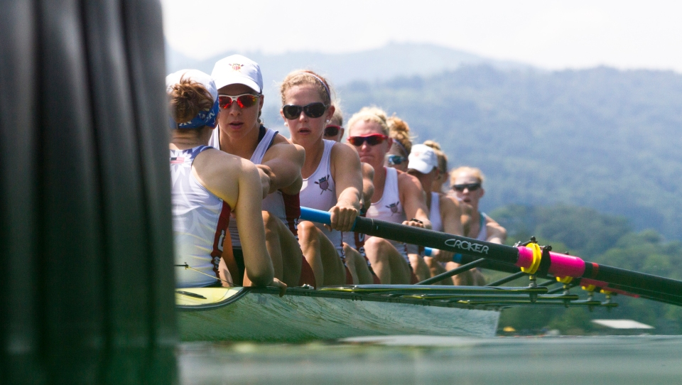 USA womens eight rowing Lucerne 2016 gold