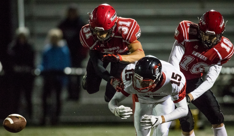westshore-rebels-vancouver-island-raiders-playoffs-football-kevin-light-photo-09