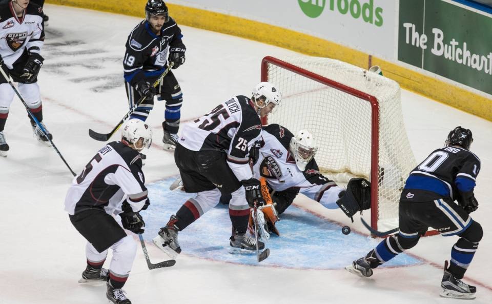 The Victoria Royals defeated  the Vancouver Giants 7-1 in their first game of the 2017-18 regualar season at the Save-on-Foods Memorial Centre.
