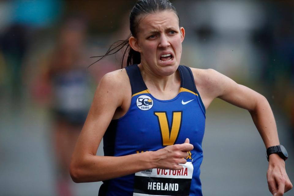 9 Chloe Hegland University of Victoria U SPORTS Cross-Country running Championships ©Kevin Light Photo 09