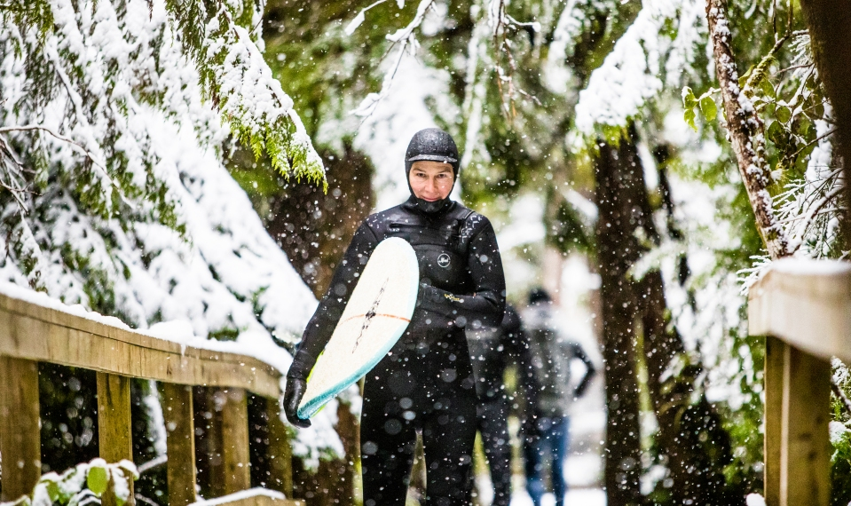 1 Sabine_Hotz_Tofino_Surf_Surfing_snow_Kevin_Light_Photo_22