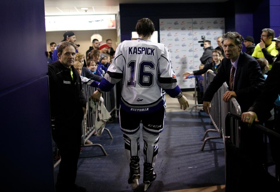 20 Victoria Royals vs Calgary Hitmen January 27, 2018_©KevinLight_48A0939A